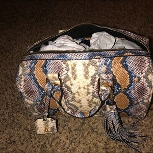 Steve Madden 🐍 snakeskin purse with strap